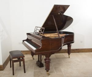 bluthner,grand,piano,for,sale