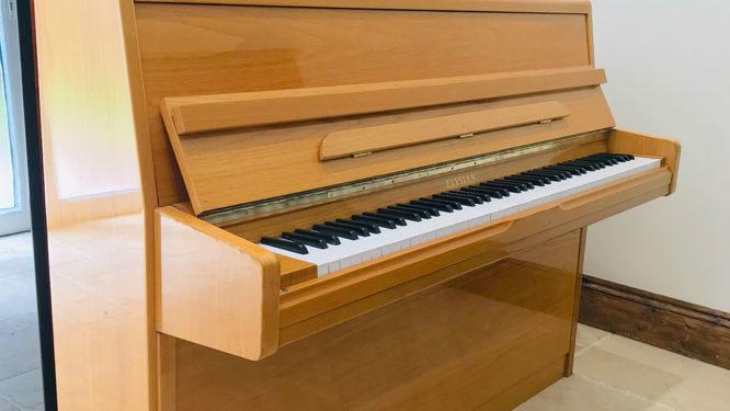 elysian,piano,dorset,showroom,upright,oak