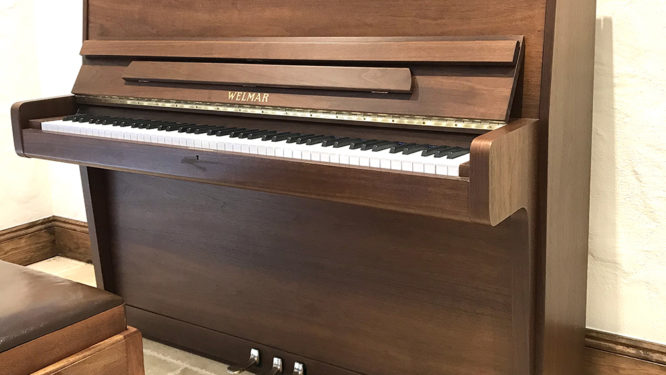welmar,upright,piano,bluthner,sale,dorset,showroom