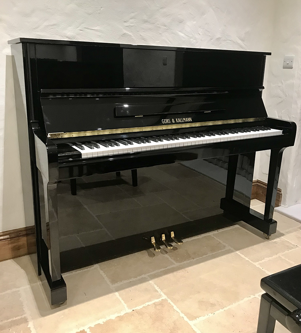 gors,kallmann,upright,black,high,gloss,used,mint,condition,perfect,quality,dorset,piano