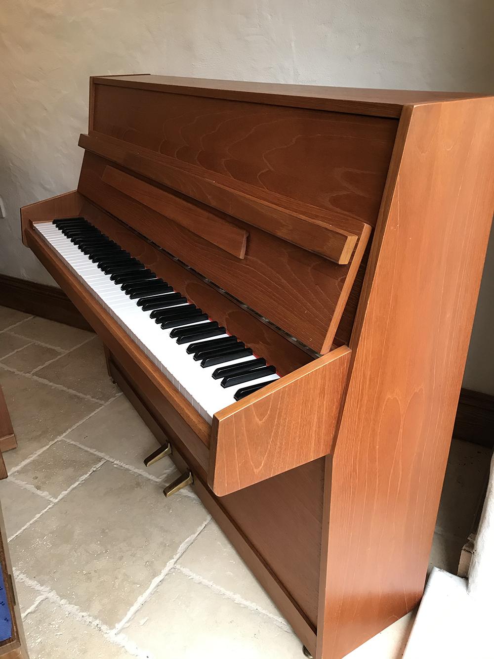 dorset,piano,sales,used,upright