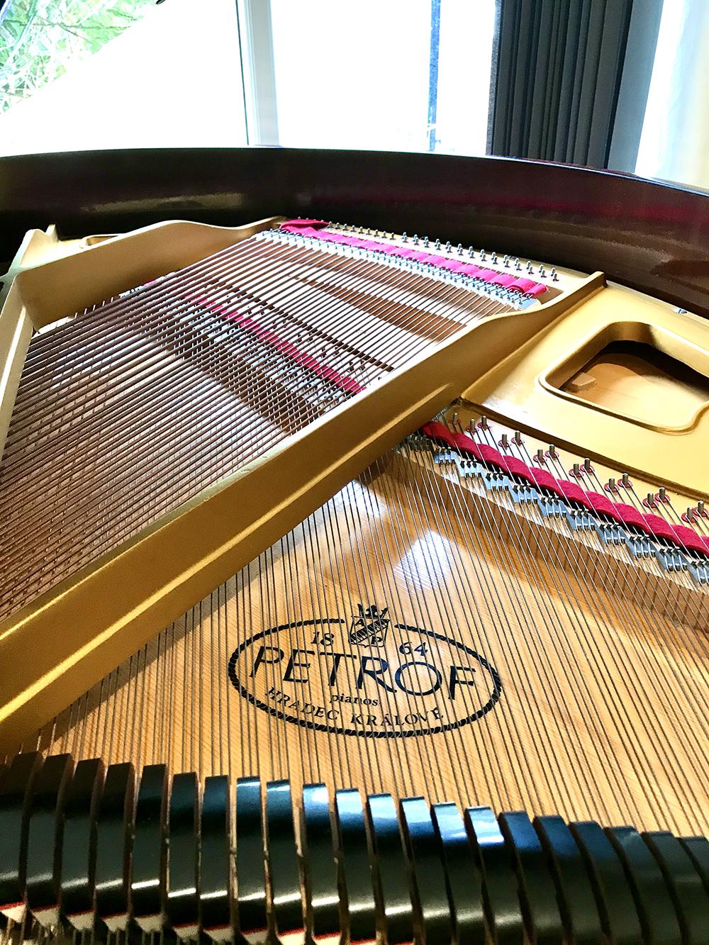 used-petrof-baby-grand-Piano-Dorset-for-sale-1.jpg