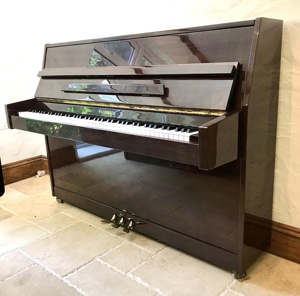 used,piano,upright,sale,dorset
