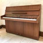 kemble,used,piano,small,upright,dorset